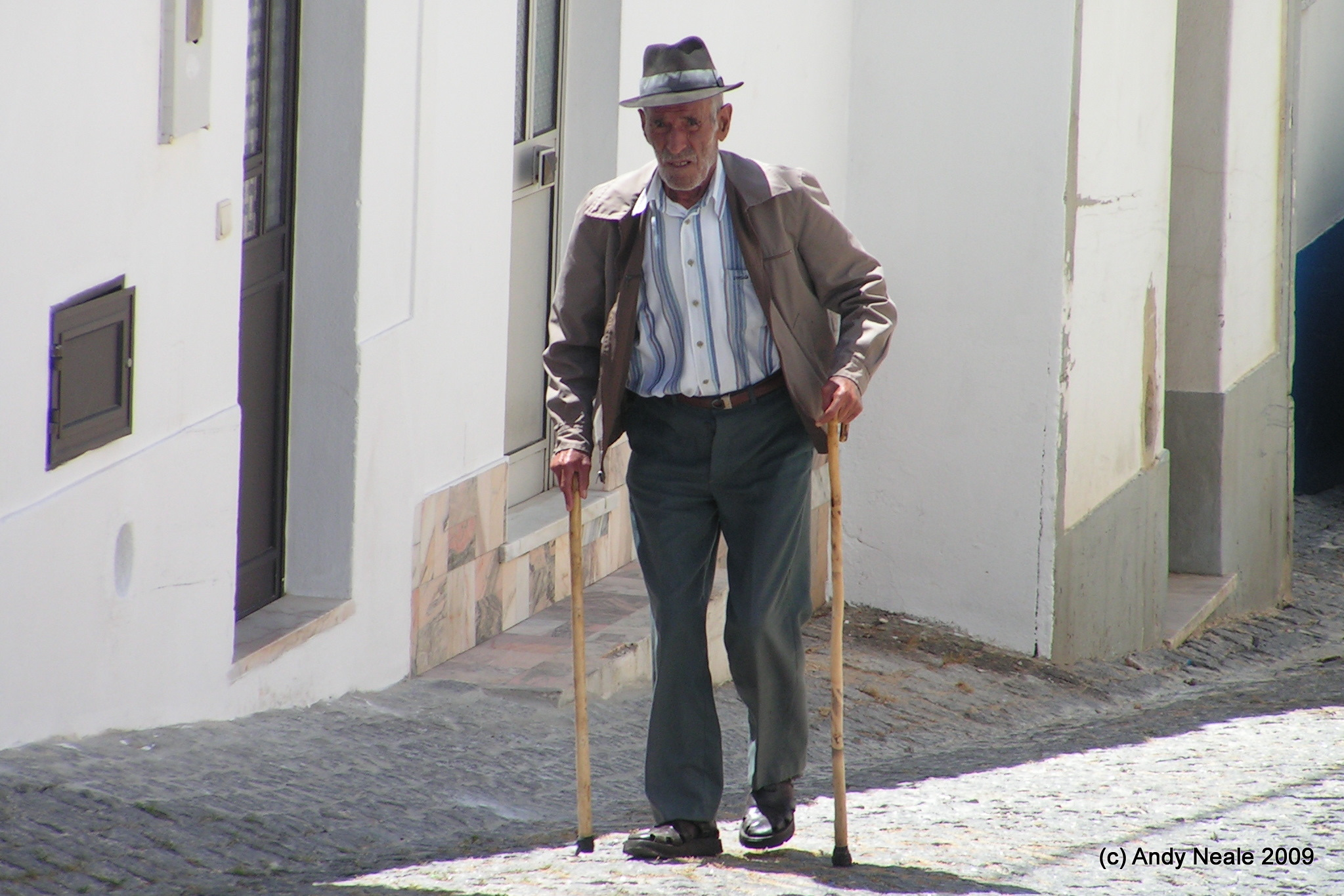 elderly man walking - photo #38